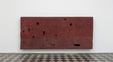 Simon Callery, Contact Painting. Rome (Alessandrino), 2019, canvas, distemper, thread, wood, 187 x 410 x 35 cm, Photo credit: Giorgio Benni